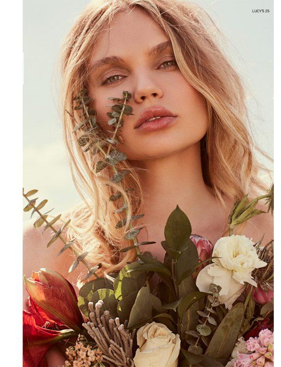 Image of model Elena Matei