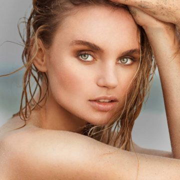 headshot of model Elena Matei